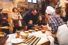 Animation madeleines dans les cuisines du château de la Ferté St Aubin