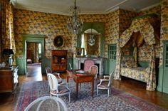 Chambre Lowendal du Château de la Ferté St Aubin.